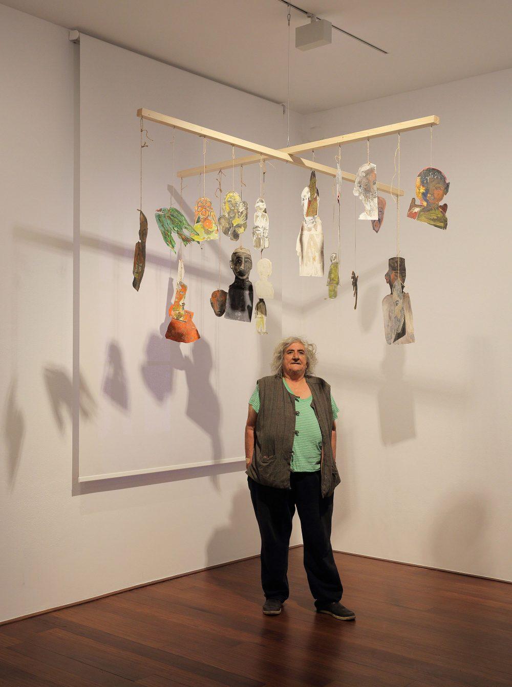 Anna Boghiguian in Salzburg: von wenig Platz und gutem Vibe